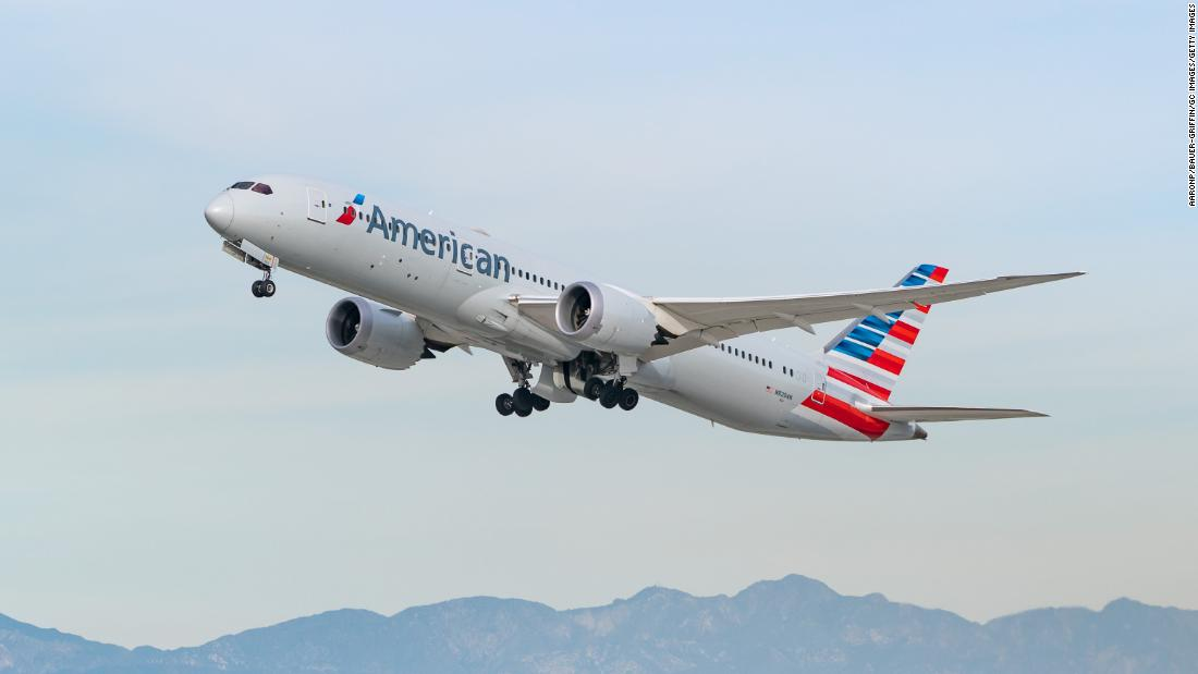 american-airlines-has-so-much-extra-wine-that-it-is-starting-a-delivery-service