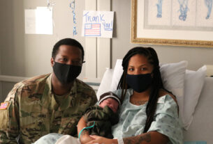 man-gets-leave-from-military-to-see-son's-birth