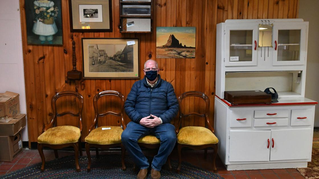 after-25-years,-antique-shop-closes-due-to-covid