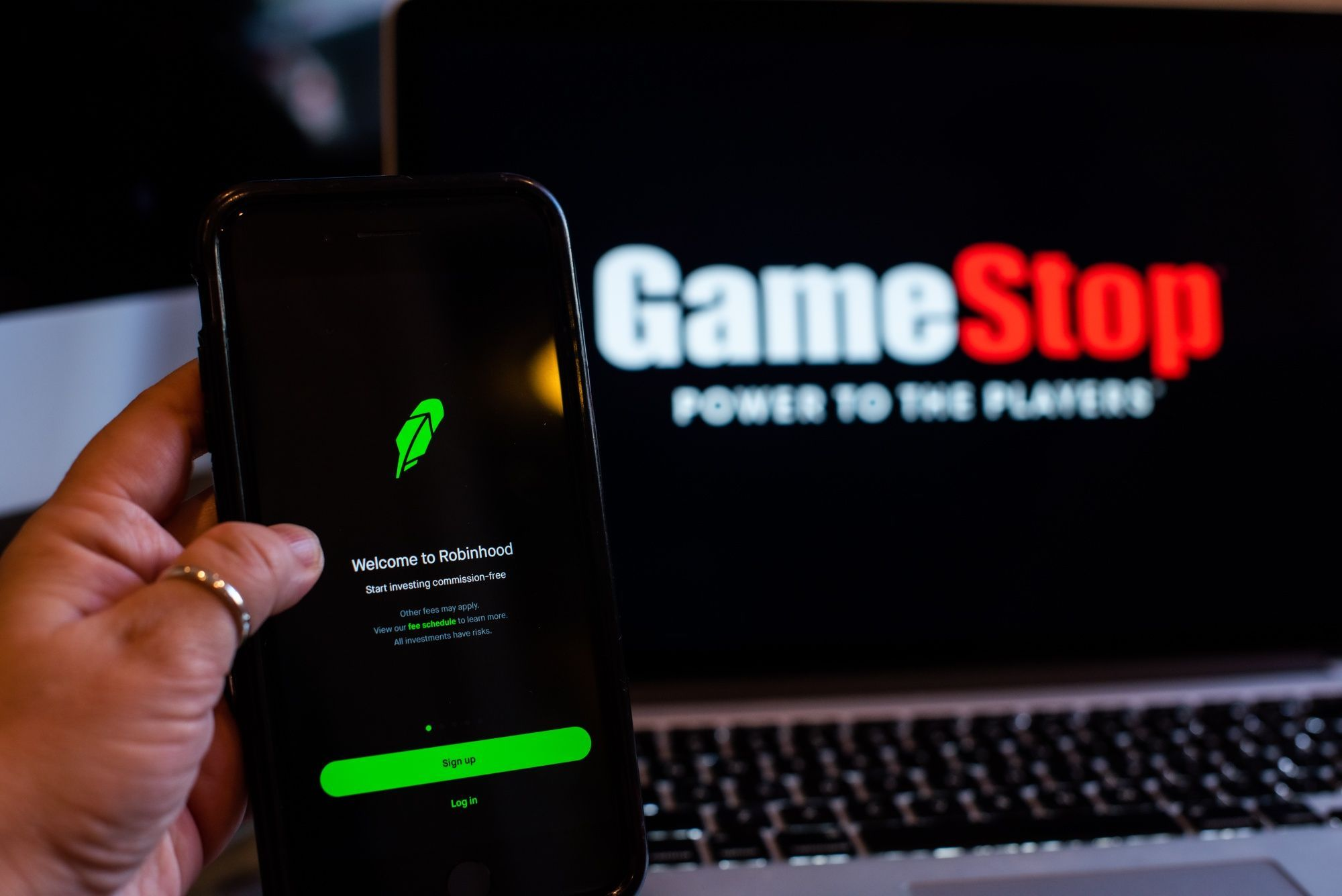 biden-aides-say-market-oversight-of-gamestop-frenzy-is-working