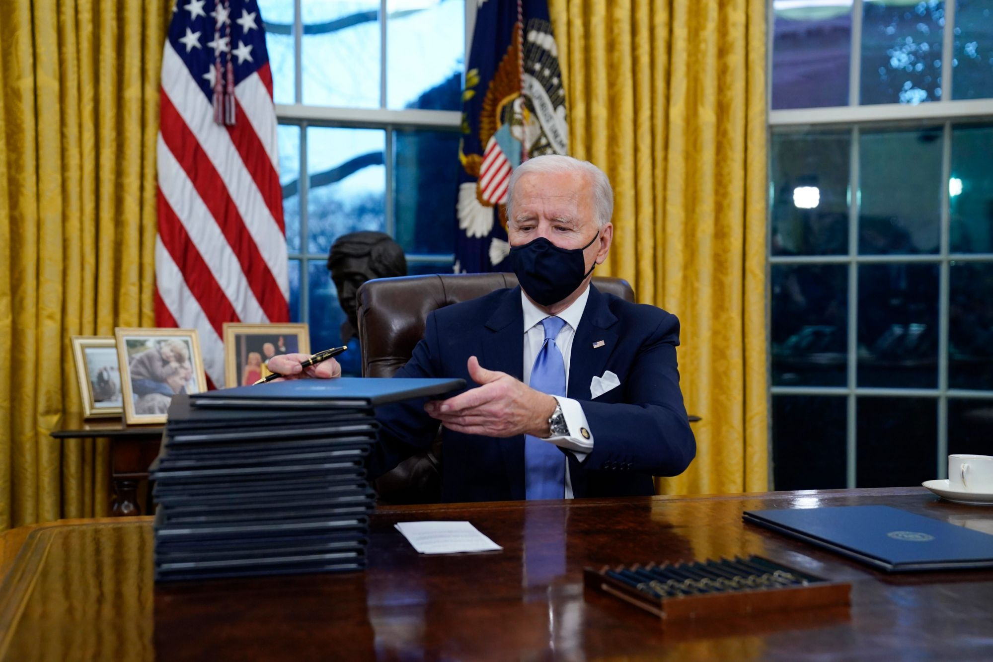 daily-routine-and-a-script-are-back-in-the-biden-white-house,-but-how-long-can-it-last?