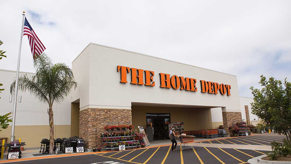 is-home-depot-stock-a-buy-right-now-after-a-key-upgrade?-here's-what-earnings,-charts-show
