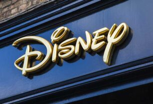 is-disney-stock-a-buy-right-now,-ahead-of-next-week's-earnings-report?