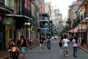 new-orleans-closing-bars-and-banning-to-go-drinks-during-mardi-gras