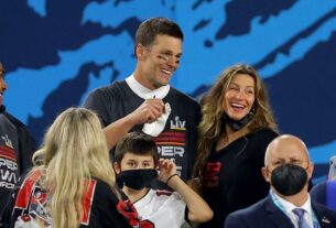 all-the-sweetest-photos-of-tom-brady-and-his-kids-after-his-big-super-bowl-win