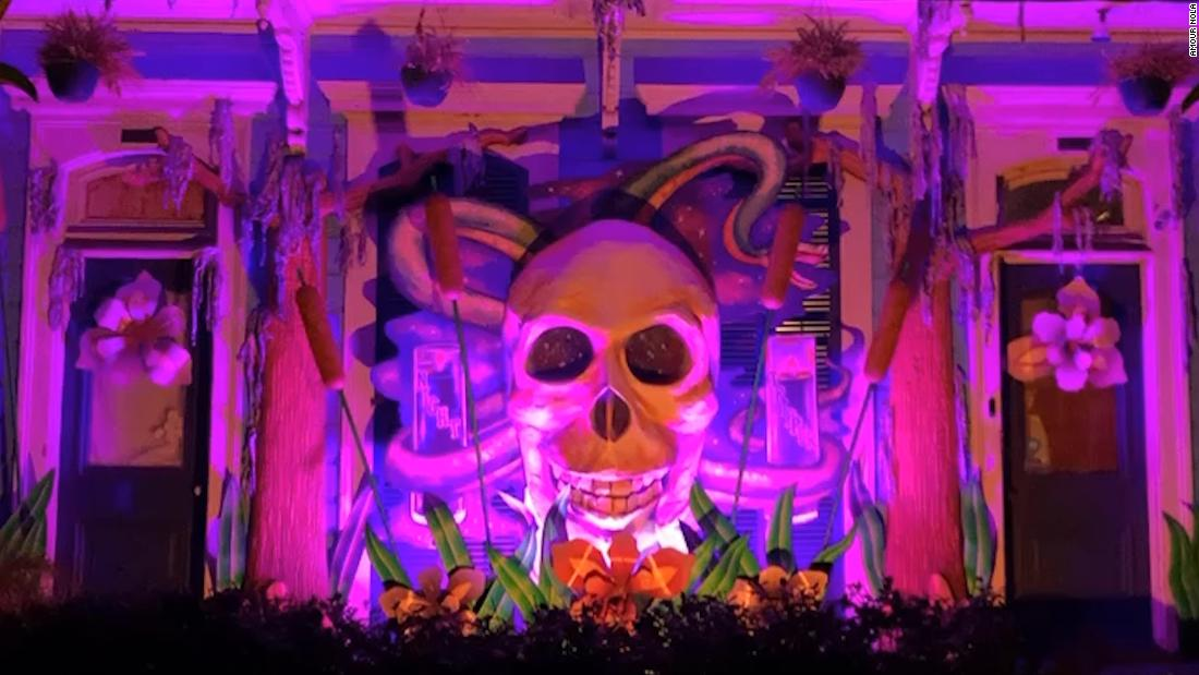 no-floats?-no-problem.-see-the-houses-keeping-the-mardi-gras-tradition-alive