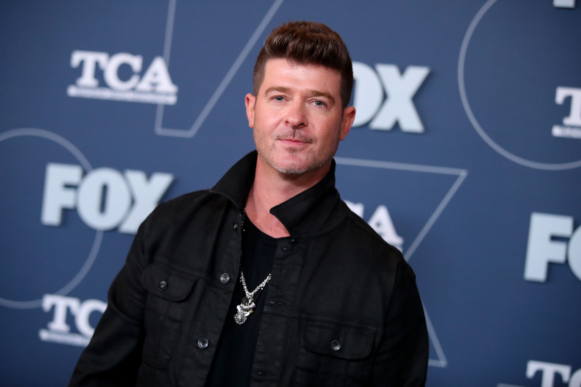 robin-thicke-opens-up-about-abusing-painkillers:-'i-was-suffering-blow-after-blow'