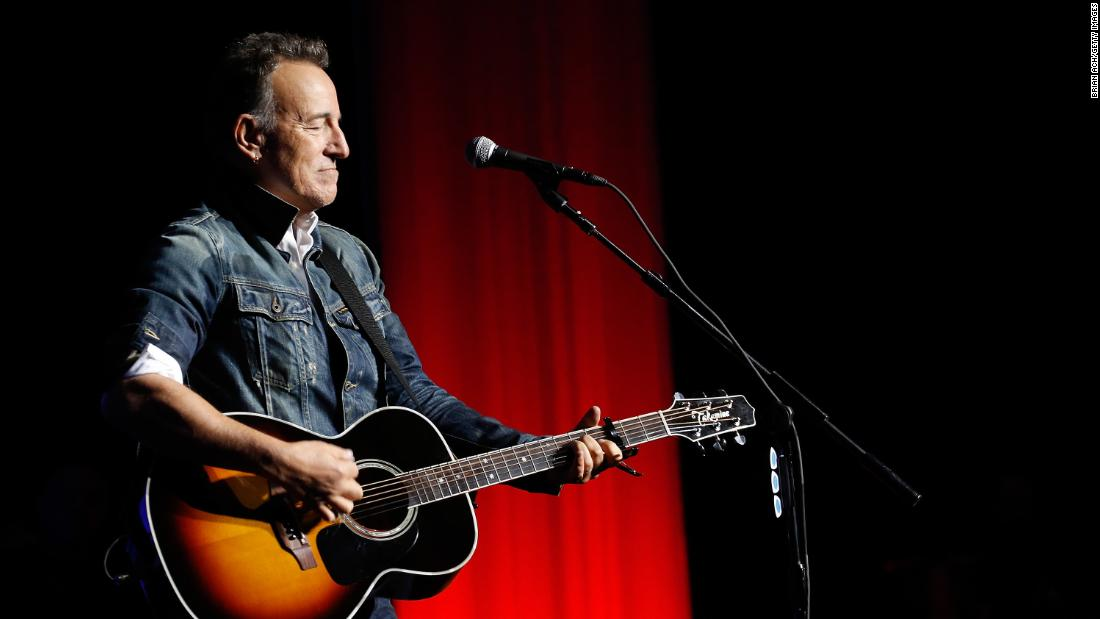 further-details-on-bruce-springsteen-arrest-will-cast-'doubts'-on-'seriousness-of-this,'-source