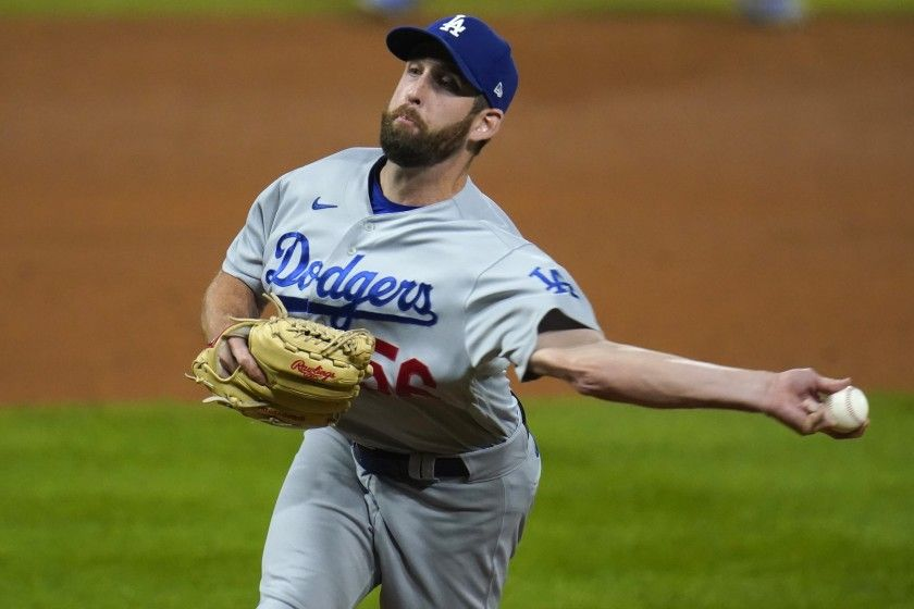 dodgers-trade-reliever-adam-kolarek-to-the-oakland-athletics-for-two-prospects