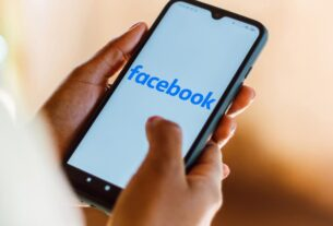 facebook-will-start-showing-some-of-its-users-less-political-content