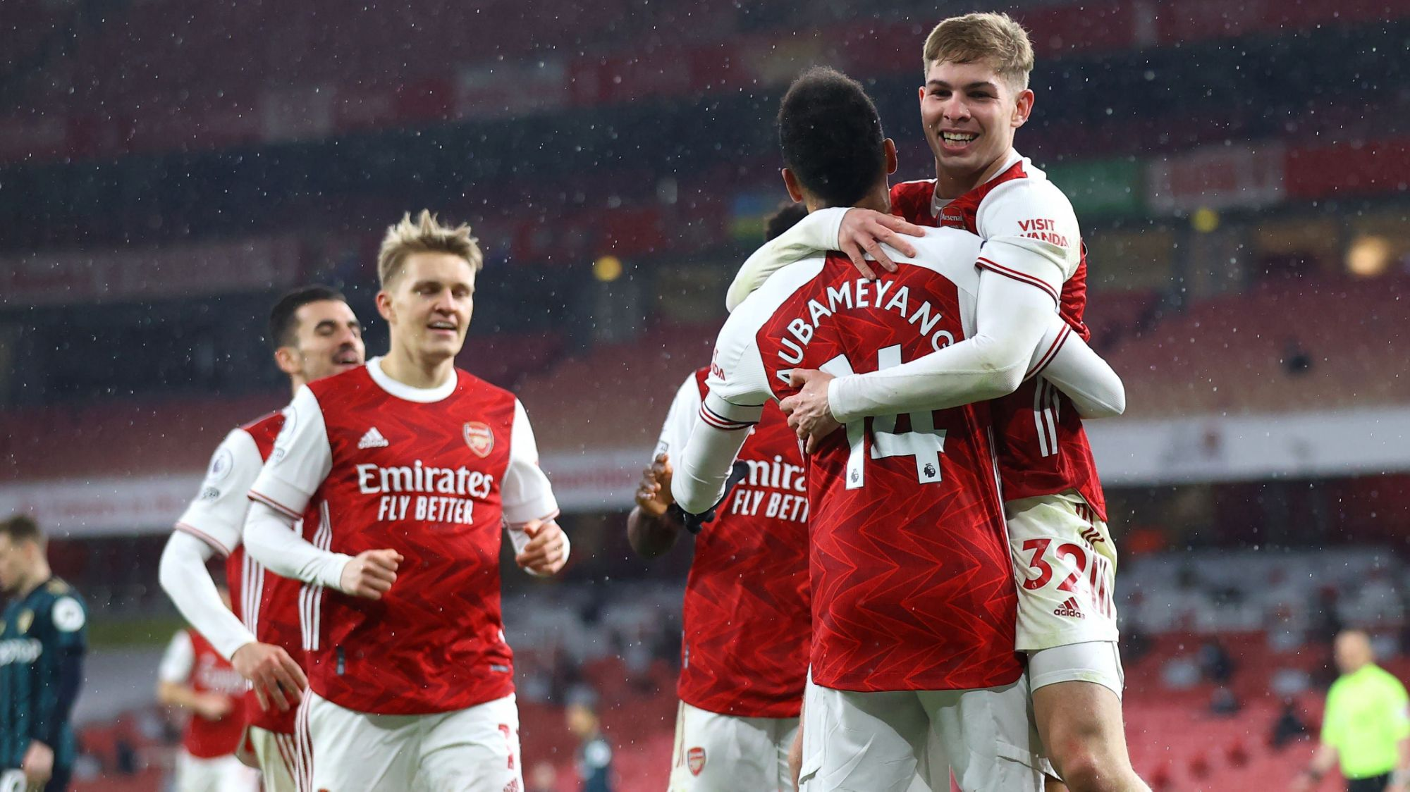 pierre-emerick-aubameyang-hat-trick-helps-arsenal-to-thrilling-win-over-leeds