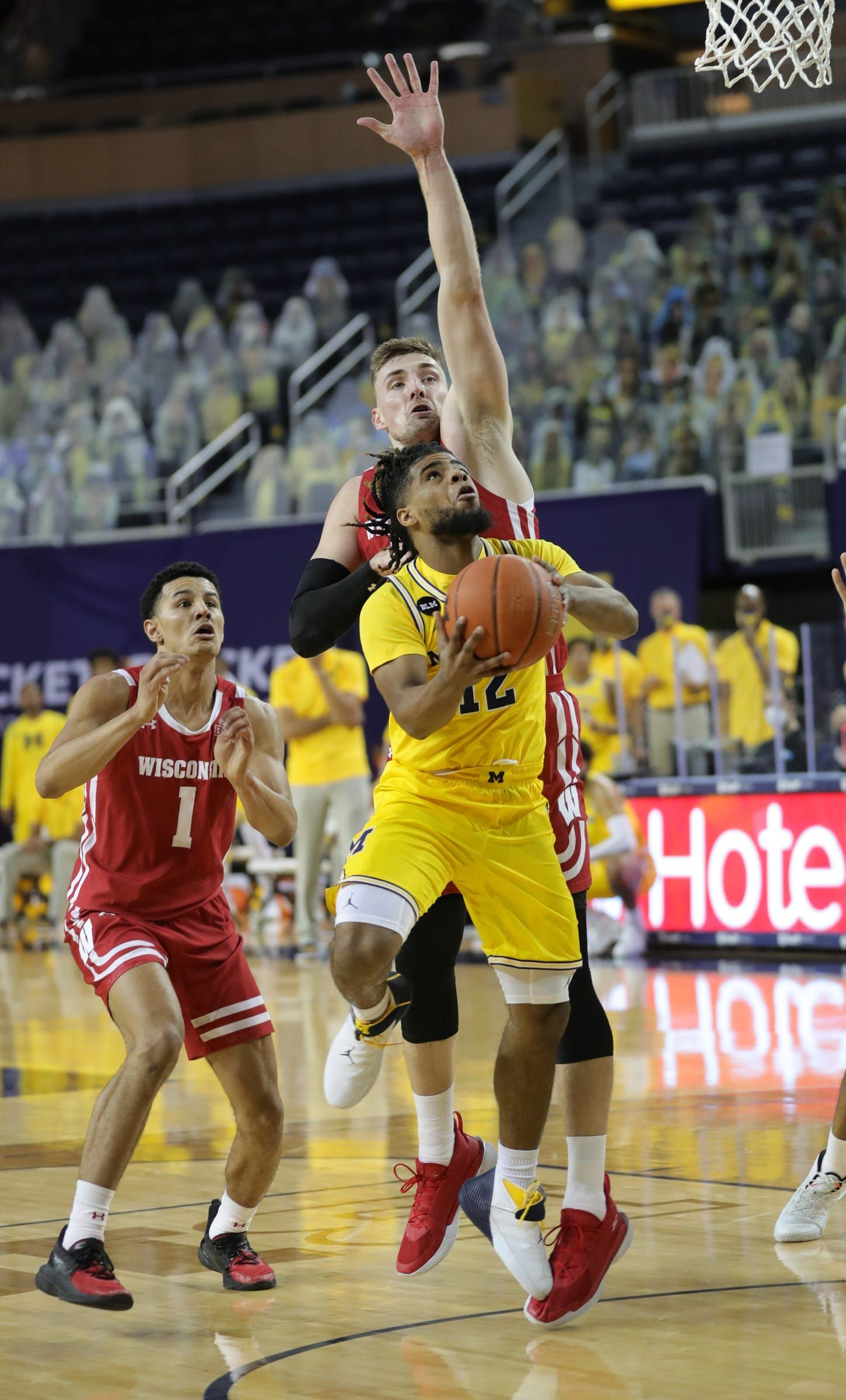 michigan-basketball-vs.-wisconsin-badgers:-live-updates-from-wolverines'-return-to-court