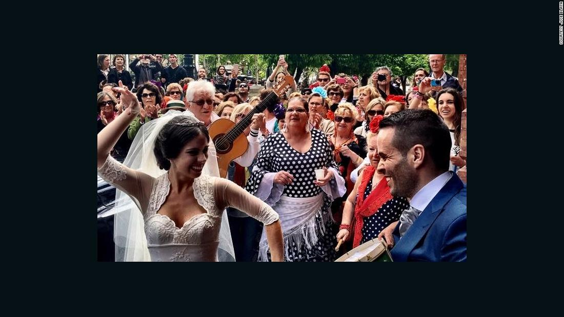 what-happened-when-i-attended-the-wrong-spanish-wedding