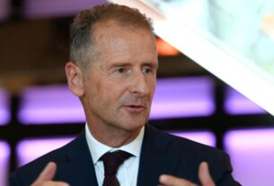 volkswagen-ceo:-i'm-not-scared-of-apple