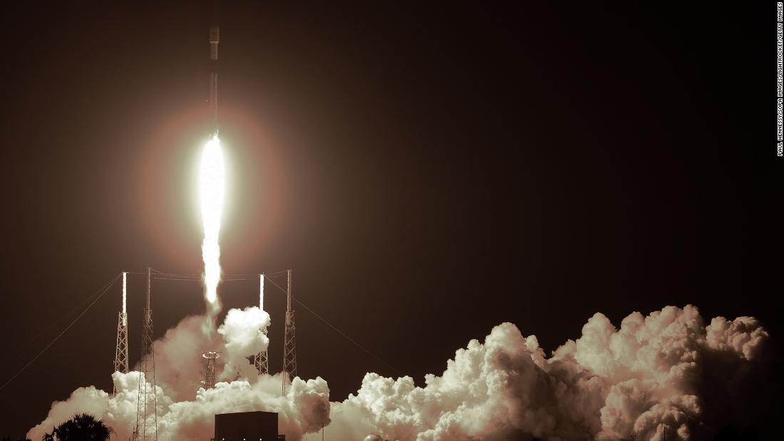 elon-musk's-spacex-now-owns-about-a-third-of-all-active-satellites-in-the-sky