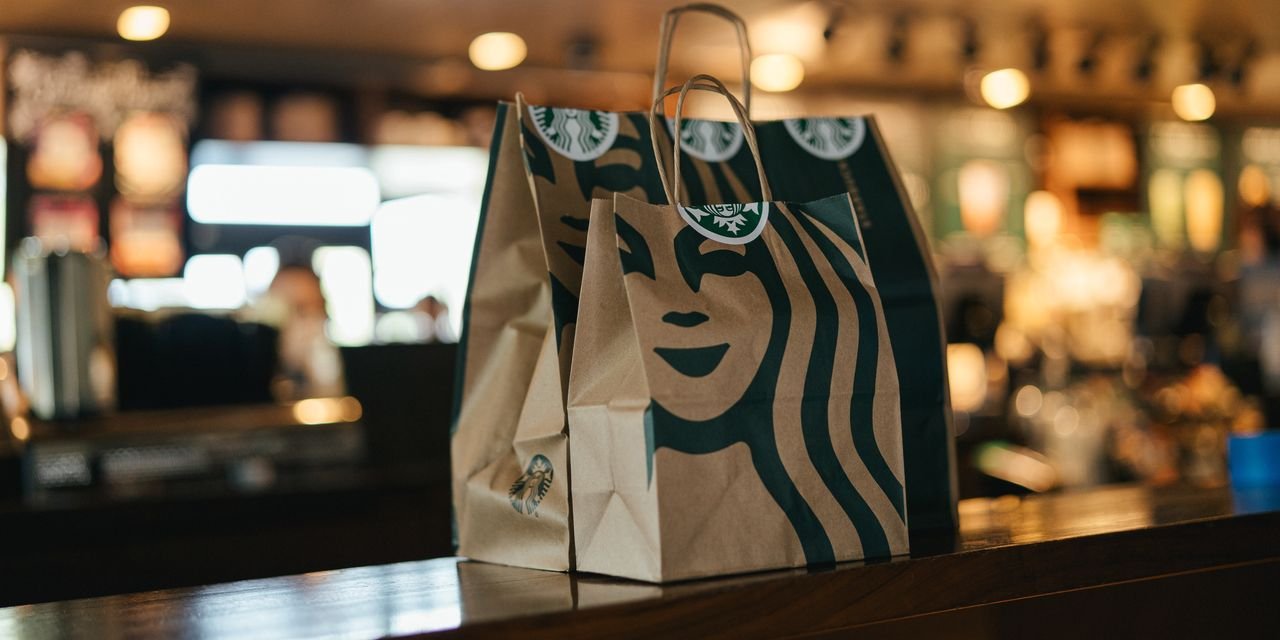 starbucks-shares-rise-after-luckin-coffee-bankruptcy-filing