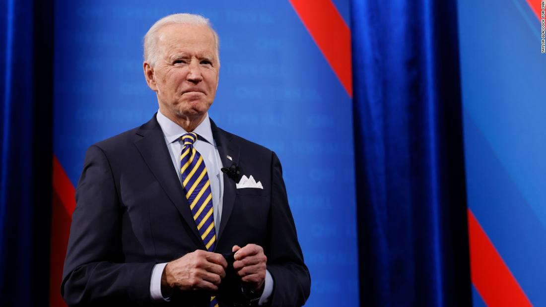 key-democrats-unhappy-with-biden's-reluctance-to-cancel-$50,000-in-student-debt