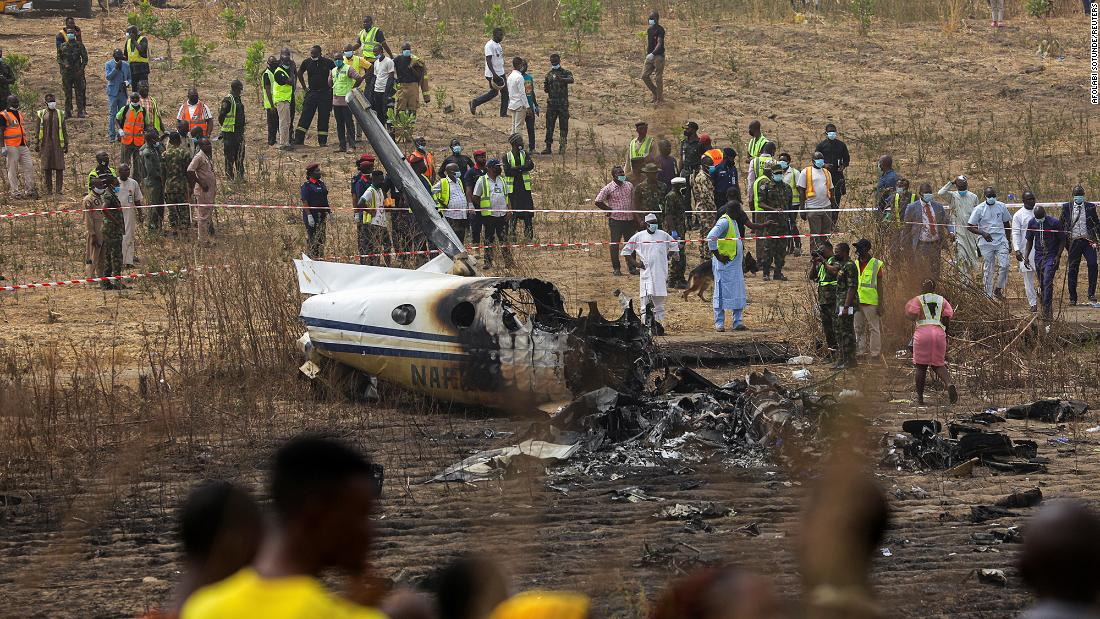 nigeria-crashed-aircraft-was-on-rescue-mission-for-kidnapped-schoolchildren