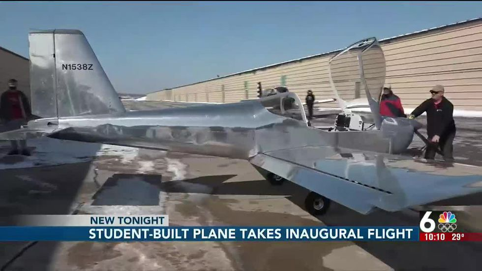 student-built-plane-takes-to-the-sky