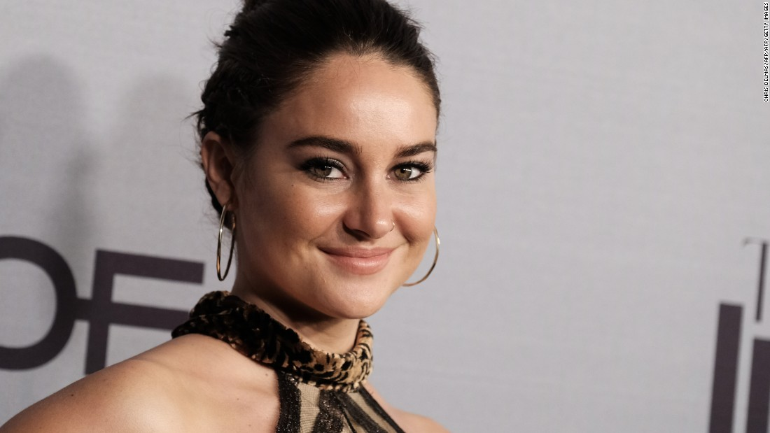 shailene-woodley-confirms-that-she-and-aaron-rodgers-are-engaged