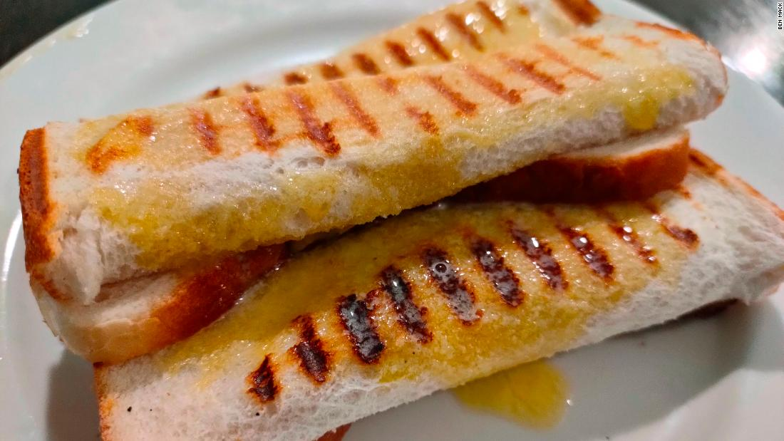 cheese-rolls:-how-a-humble-snack-became-a-signature-new-zealand-food
