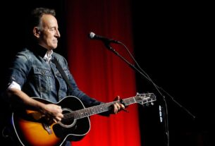 dwi-charges-dropped-against-bruce-springsteen,-who-pleads-guilty-to-just-drinking-in-the-park