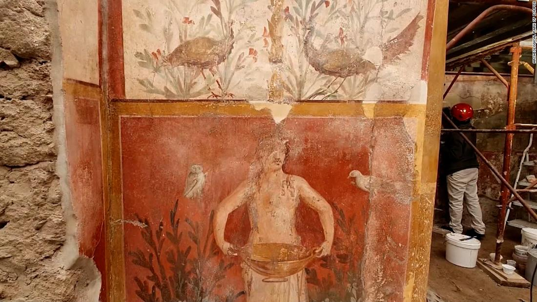 see-spectacular-newly-restored-pompeii-frescoes