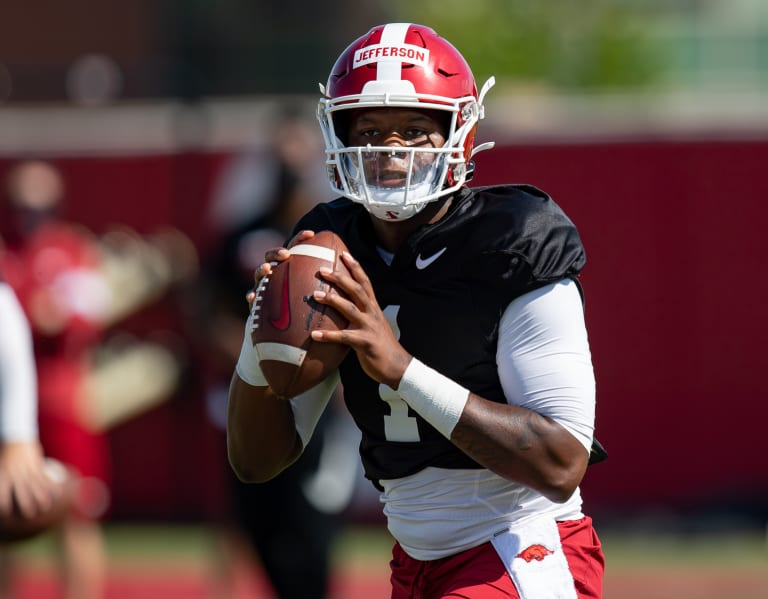 spring-football's-burning-questions:-can-hogs-settle-qb-battle?