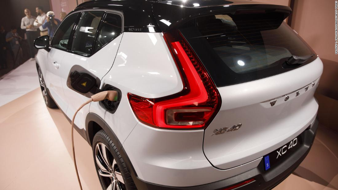 volvo-to-go-fully-electric-by-2030