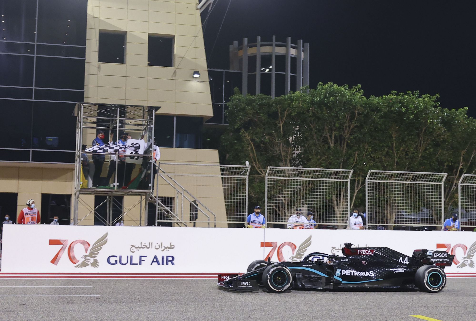 tickets-sold-to-vaccinated,-recovered-fans-for-f1-bahrain-gp