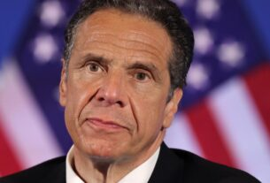 new-york-state-senate-majority-leader-joins-growing-democratic-calls-for-gov.-andrew-cuomo-to-resign