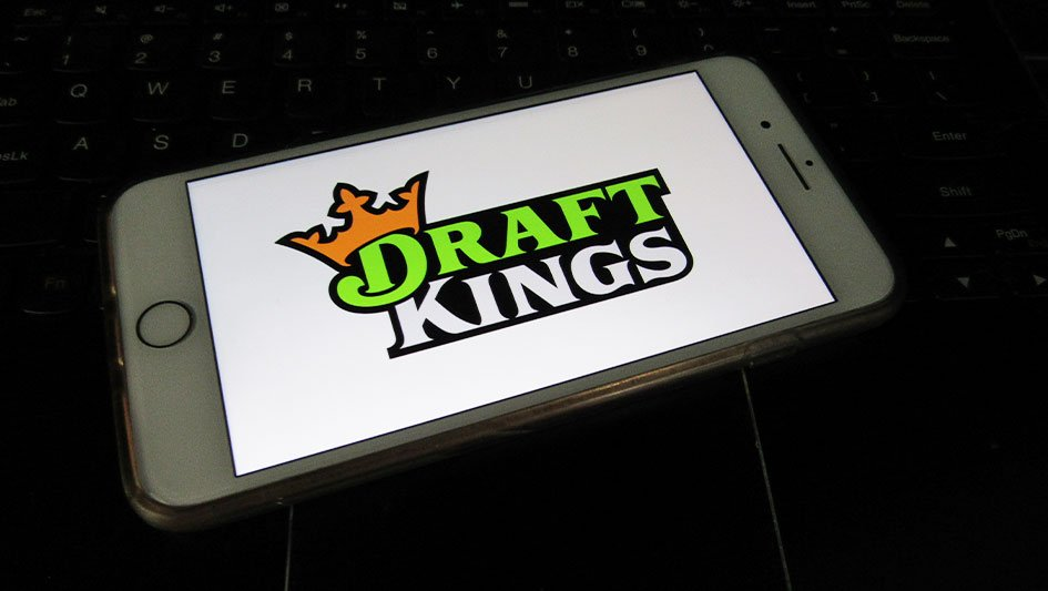 is-draftkings-stock-too-extended?-here's-your-chance-to-buy-in