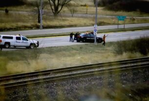suspect-in-custody-after-omaha-officer-shot-at