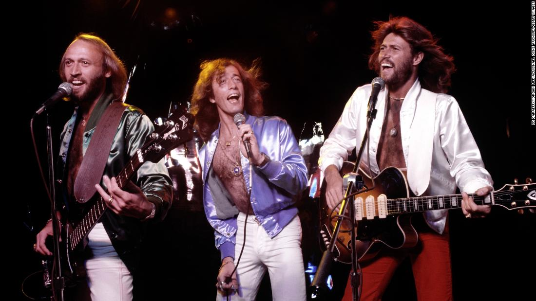 kenneth-branagh-to-direct-bee-gees-movie