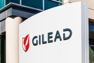 gilead,-merck-hook-up-in-long-anticipated-hiv-drug-deal,-stoking-shares