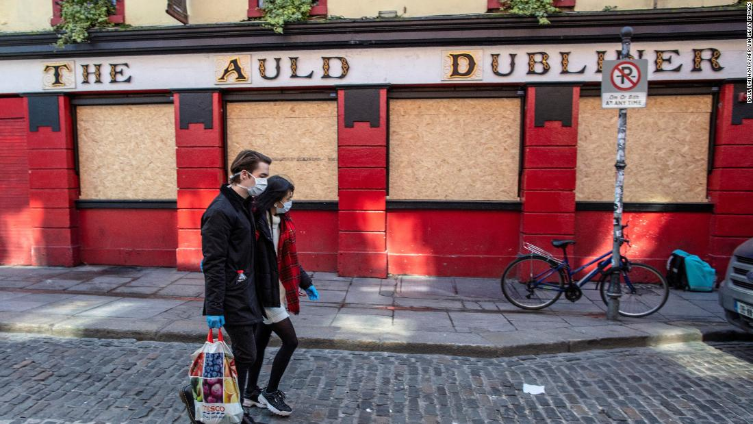 last-orders-is-being-called-in-irish-pubs