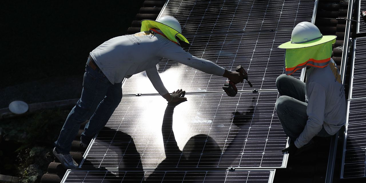 solar-stocks-sink-on-proposed-california-rule-changes-why-utilities-in-other-states-may-wage-similar-battles.