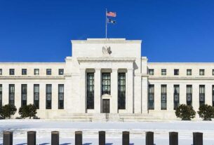federal-reserve-sticks-to-2024-for-first-rate-hike;-dow-rallies,-nasdaq-slashes-losses-even-as-10-year-treasury-yield-surges