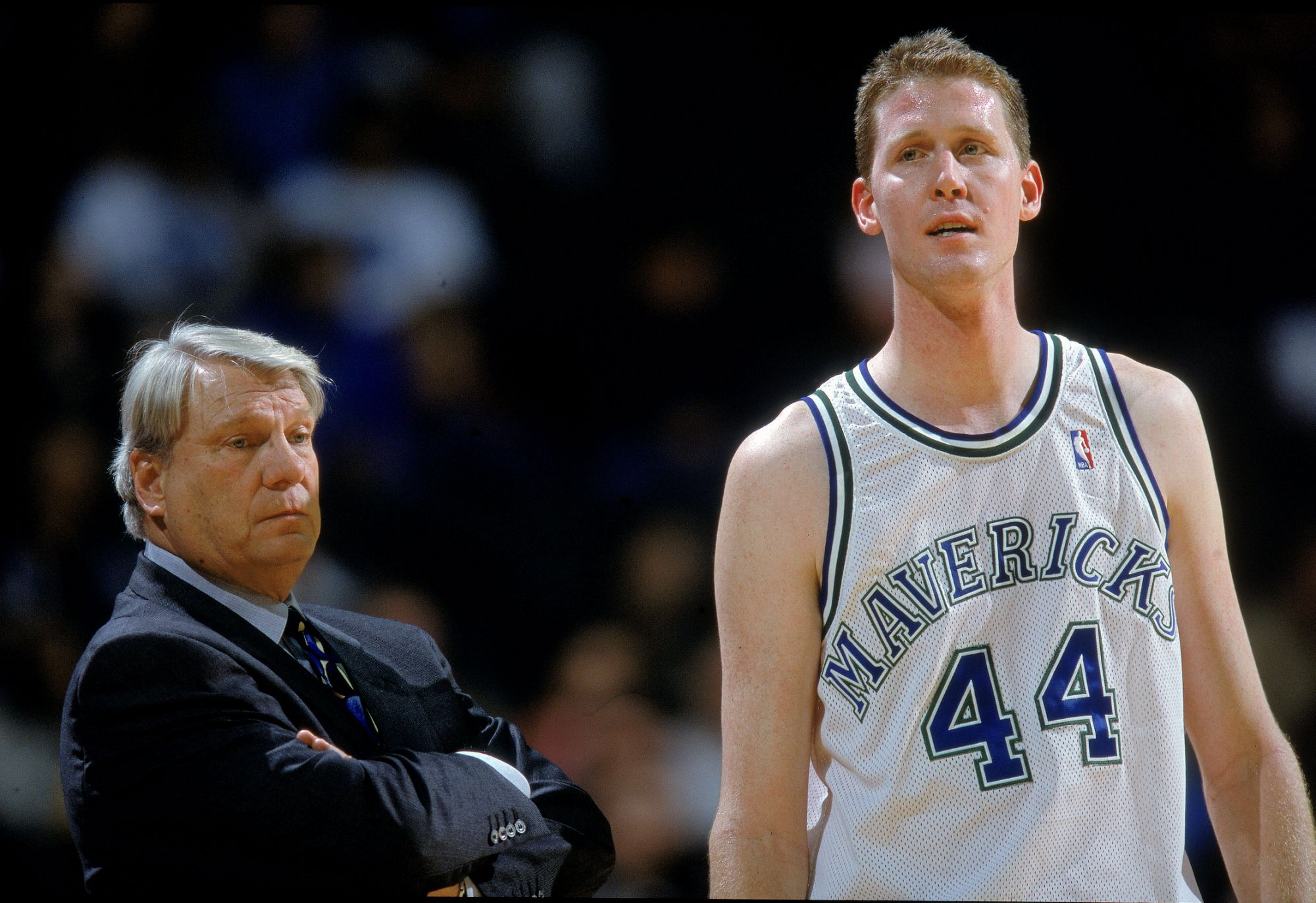 former-mavericks-center-shawn-bradley-paralyzed-after-a-bicycle-accident