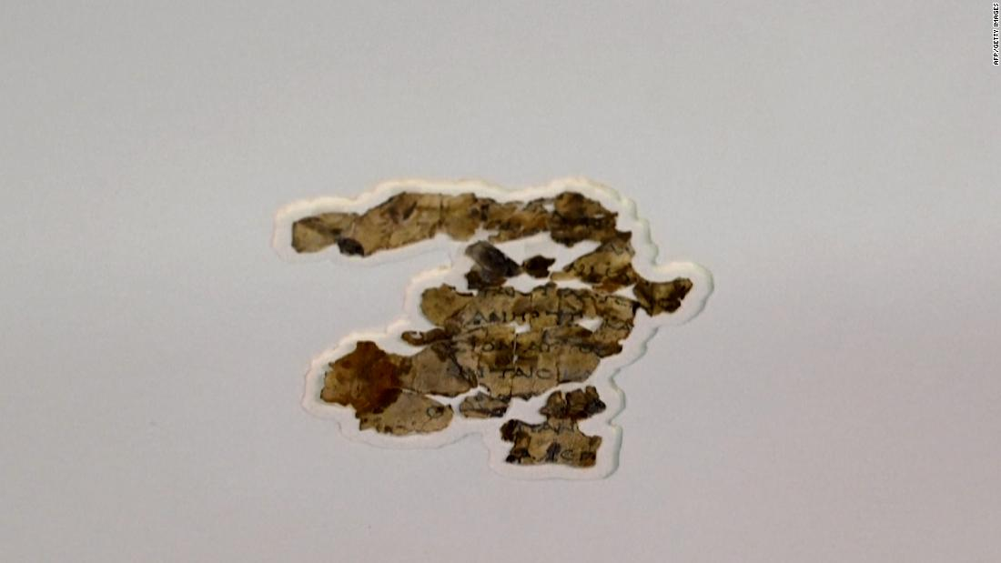 dead-sea-scroll-fragments-found-in-desert-cave