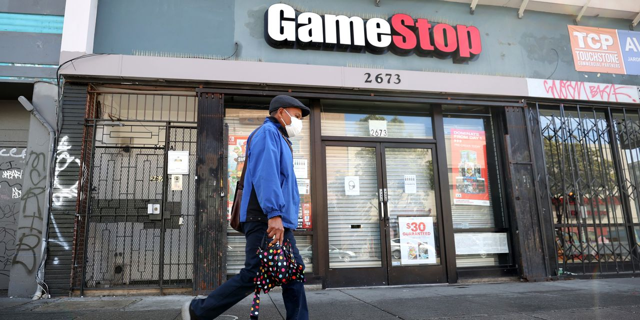 gamestop-earnings-are-coming-nobody-knows-what-to-expect.
