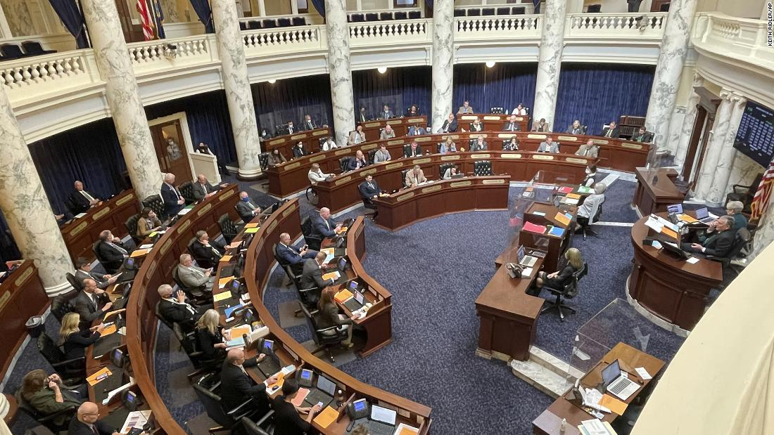 idaho-legislature-halts-session-until-april-due-to-covid-19-outbreak-among-lawmakers-and-staff