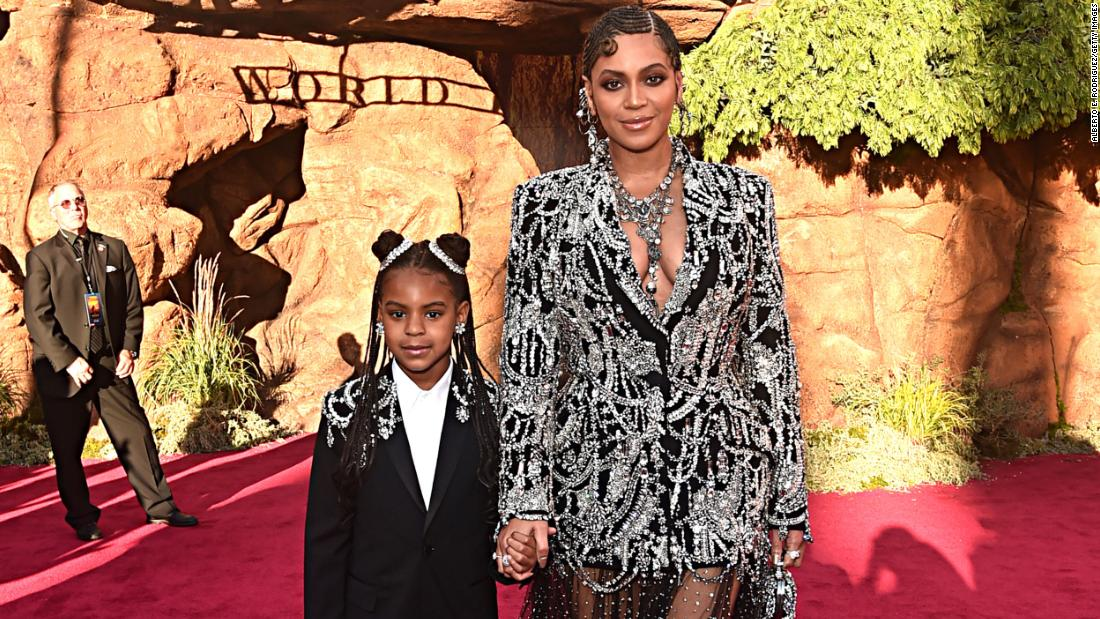 blue-ivy-carter-wearing-a-crown-and-sipping-out-of-her-first-grammy-is-big-energy