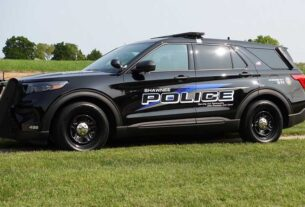 driver-suspected-of-dui-strikes-police-officer