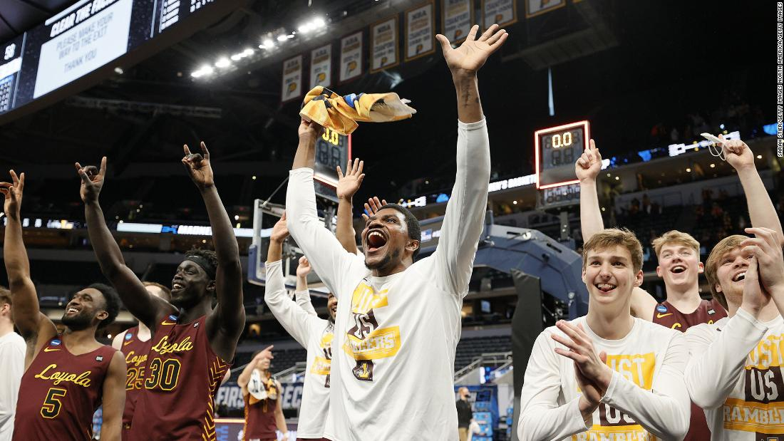 no-8-loyola-chicago-stuns-no.-1-seed-illinois-to-advance-to-the-sweet-16