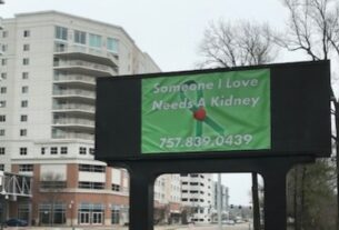 husband's-billboard-for-a-kidney-donor-for-wife
