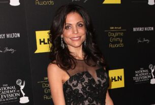 bethenny-frankel-is-engaged-to-paul-bernon