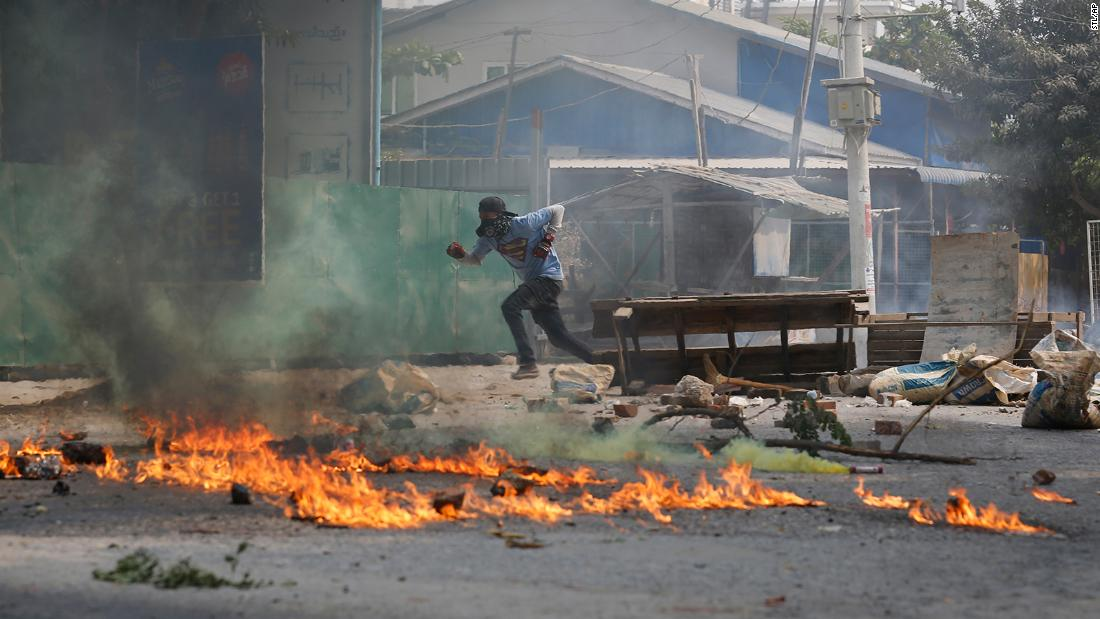 myanmar-protesters-join-'silent-strike'-after-soldiers-kill-7-year-old-girl-in-her-father's-arms