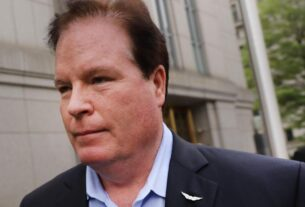 banker-who-loaned-$16-million-to-paul-manafort-pleads-not-guilty-to-new-conspiracy-charge