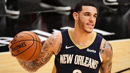 latest-trade-deadline-buzz:-knicks-remain-engaged-with-pelicans-on-lonzo-ball-trade